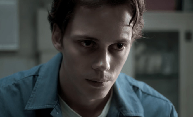 Watch Castle Rock Online Hulu Streaming Stephen King Series